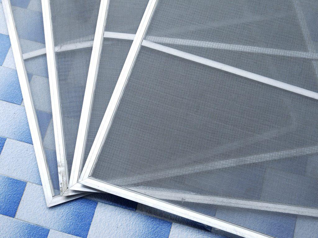 Nhận diện cửa lưới tránh muỗi giá rẻ kém chất lượng